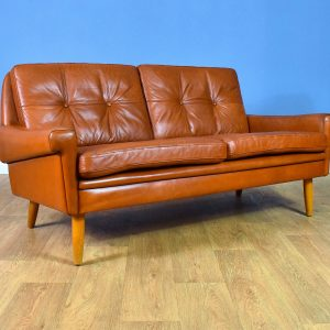 Mid Century Retro Danish Tan Leather 2 Seat Sofa Settee by Skippers Mobler 1960s