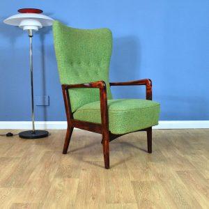 Mid Century Retro Danish Green Wool Model '8001' Lounge Chair by Fritz Hansen