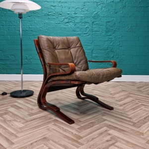 Mid Century Retro Norwegian Hove Mobler Brown Leather 'Skyline' Lounge Chair 70s