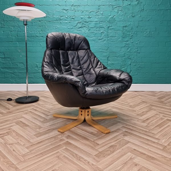 black bramin chair